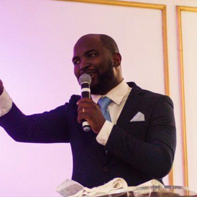 spectacle de rencontres avec prédicateur SKS datant